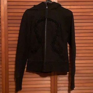 Lululemon Hiver 2013 Hoodie with Lace in Black